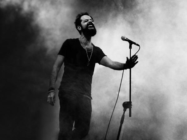 giuseppe-ricca-live-al-microfono